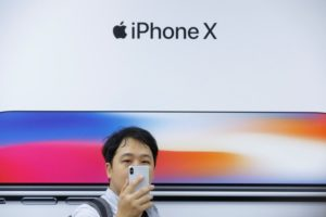 Qualcomm alleges that Apple is still violating the Chinese court order, despite a software update