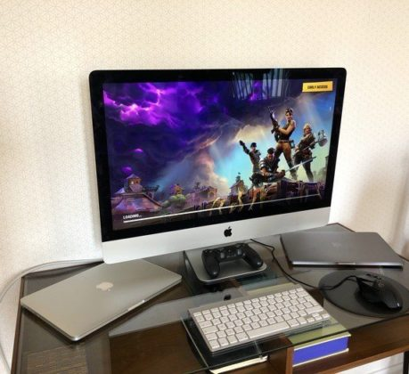 How can gamers play Fortnite with the help of their MacBook?