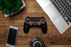 Connect PS4 & Xbox One Controller to iPhone