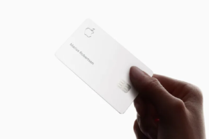 Clean your Apple Card