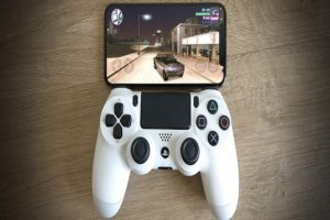 pair a PS4 or Xbox controller with your iPhone, iPad, And Apple TV