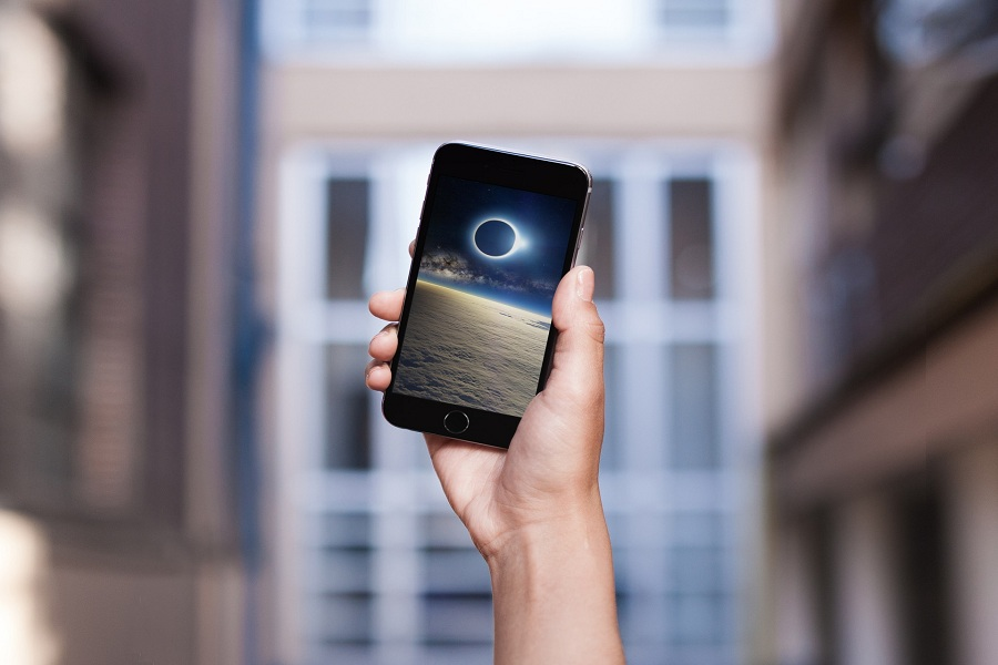 Picture of a Solar Eclipse iPhone