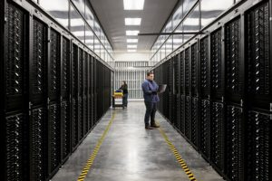 Apple_commits-100-percent-carbon-neutrality