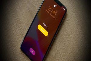 Change Wake Up Alarm iPhone